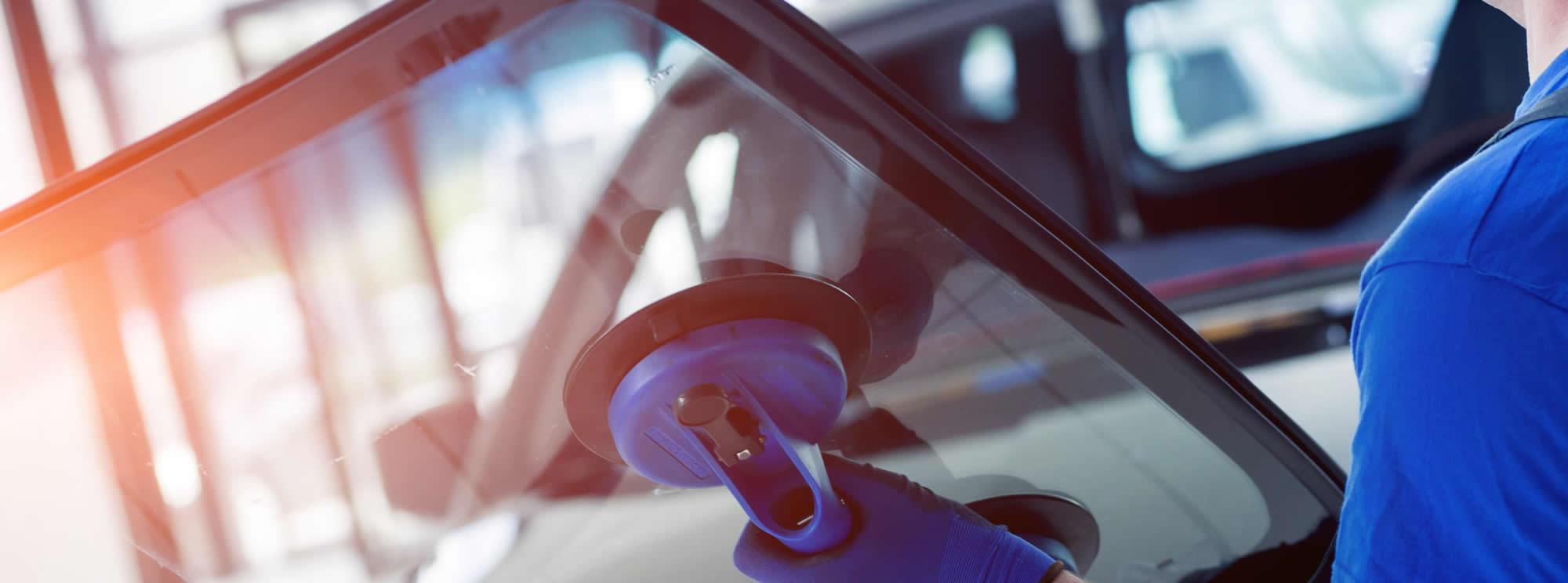 Sostituzione vetro e cristalli auto